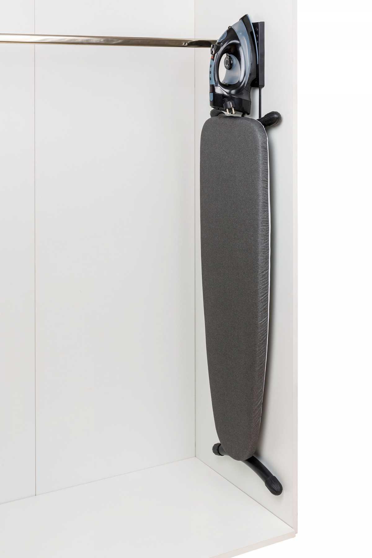 BENTLEY Swirl+ Ütüleme Ünitesi, Laser Organiser ve Geri Çekilebilir Kablolu Buharlı Ütü İle Birlikte, Duvara Monte